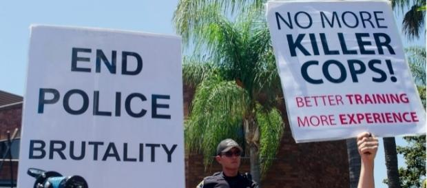 Police Brutality Protest - Anaheim - July 29 2012 - 10- Chase Carter - flickr