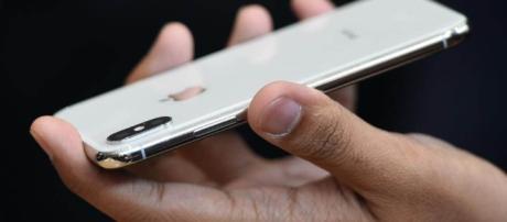 iPhone X   credit, Mark Mathosian, flickr.com