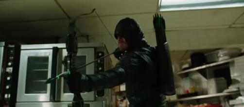 Arrow' season 6 spoilers: Stephen Amell teased new suit and trick arrows