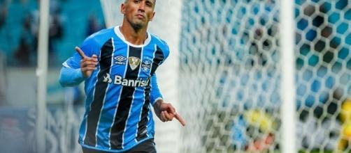 Barrios é uma das esperanças para o jogo contra o Botafogo