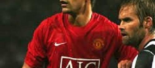 Ex-united star Rio Ferdinand is to try his hand at boxing. (photos wikimedia)
