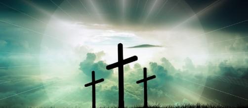 False doctrine devalues the message of the cross. [Image via Pixabay]