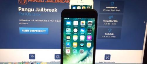iOS 11 Jailbreak/ Game Hacker/ youtube Screenshot