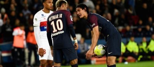 Neymar e Cavani se desentenderam em campo