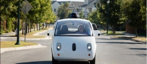 Waymo wants to delay the Uber court trial in October/Photo via EC_Times, Flickr