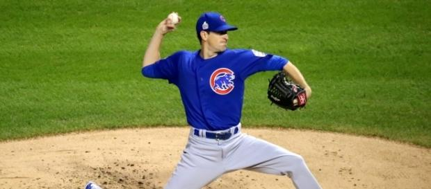 Kyle Hendricks pitching in the 2016 World Series - Wikimedia Commons