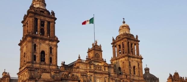 Mexico City (Photo Credit: VV Nincic, https://flic.kr/p/FJaMuZ)