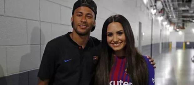 Neymar e Demi Lovato estão alimentando a imaginação dos fãs
