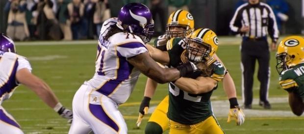 Phil, Loadholt, Clay Matthews | Minnesota Vikings vs. Green … | Flickr - flickr.com