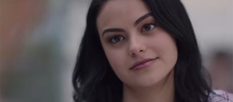 """Camila Mendes' Veronica Lodge in """"Riverdale"""" differs from her character in the comic books. (YouTube/The CW)"""