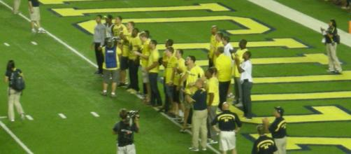 Michigan defeats Florida in Game 1 of the 2017 season. [Image via Wiki Commons]