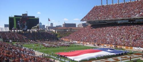 The stadium needs more defense. SurelyItsJohn via Wikimedia Commons