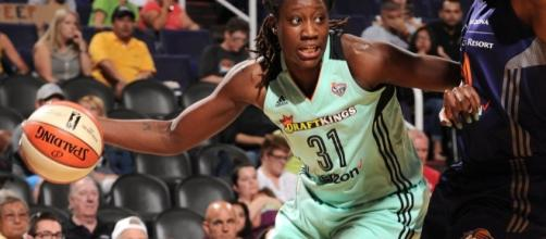 Tina Charles and the New York Liberty host the San Antonio Stars in tonight's WNBA action. [Image via WNBA/YouTube]
