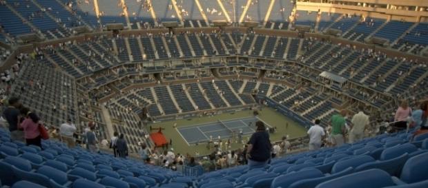 Arthur Ashe Stadium (Wikimedia Commons/Tiger Puppala)