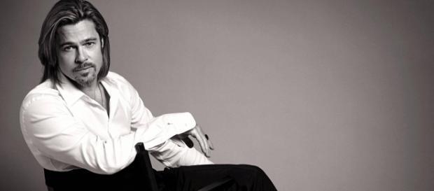 Brad Pitt apologizes to Jennifer Aniston. [Image via Flickr/RED ROMERO RAMOS]