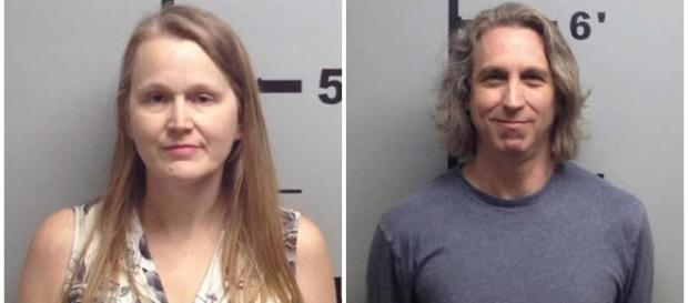 Casal é preso acusado de violência sexual