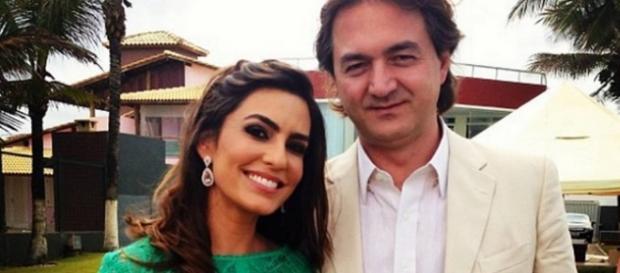 Empresário Joesley Batista, que está ao lado da esposa Ticiana, teria apagado áudios de gravador