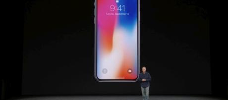 Apple, iPhone X pronto ad essere a disposizione degli utenti in Italia
