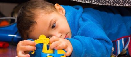 Autismo atinge diversas pessoas no mundo