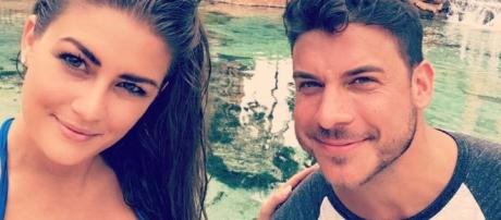 Brittany Cartwright and Jax Taylor enjoy a vacation. [Photo via Instagram]