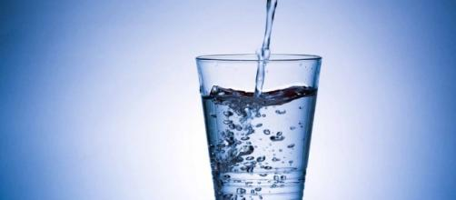 Acqua minerale contaminata dal batterio Pseudomonas aeruginosa