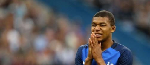 Mbappé ne va-t-il faire que passer au PSG ? - public.fr