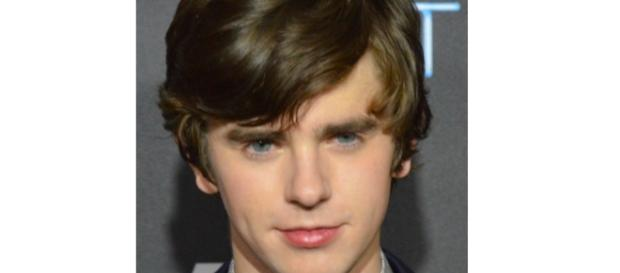 """Freddie Highmore stars in """"The Good Doctor."""" - Image Credit: MingleMediaTVNetwork / Wikimedia"""