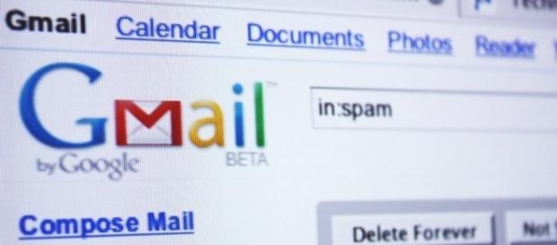Gmail receives an update which converts contacts to links/Photo via notoriousxl, Flickr