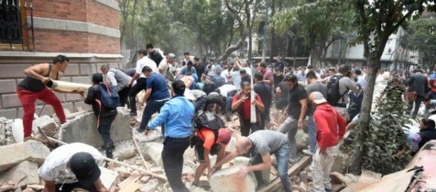 Terremoto de 7,1 azota a México