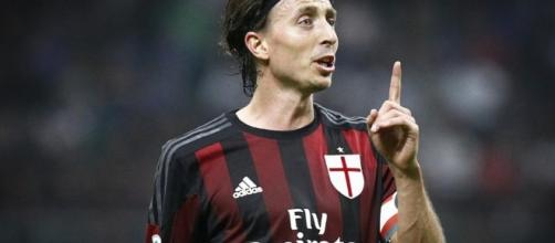 Infortunio Montolivo: distorsione al ginocchio per il calciatore ... - superscommesse.it