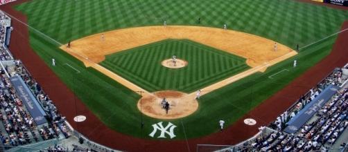 Nets at Yankee Stadium - Wikimedia Commons