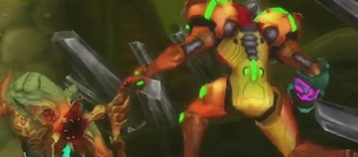 Samus fighting an enemy in 'Metroid: Samus Returns.' (image source: YouTube/RabidRetrospectGames)