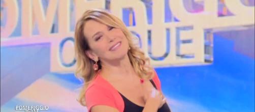 Video Pomeriggio Cinque: Buon Natale e buon anno... col cuore - TV ... - mediaset.it