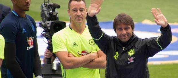 EPL Matchday 5: Chelsea 0, Arsenal 0 wikimedia.org Antonio_Conte_20160810.jpg