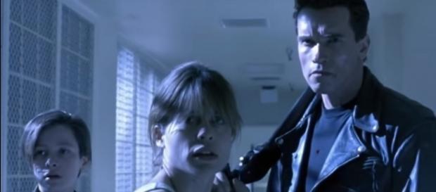 "Linda Hamilton, Sarah Connor, ""Terminator: Judgement Day"" -- (YouTube/Ex Hitman)"