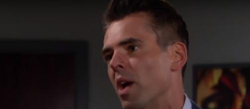 Billy's actions affect others in Genoa City. [Wochit/YoutubeScreenshot]