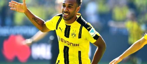 Dortmund : Chelsea et Manchester City déjà l'affût pour Aubameyang ? - bfmtv.com