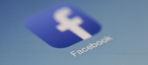 Facebook is going to release 3000 ads used by Russians [Image via Flickr: Hamza Butt]