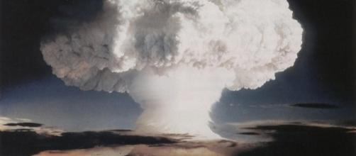 """""""Ivy Mike"""" atmospheric nuclear test - November 1952 / [Image by the Official CTBTO via Flickr, CC BY 2.0]"""
