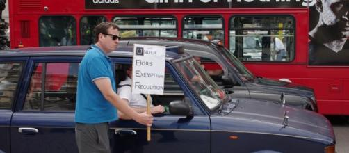 London's black cab drivers oppose Uber. / Image via flickr