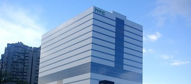 Google just acquired some 2,000 smartphone engineers from HTC for $1.1 billion. / from 'Wikimedia Commons'