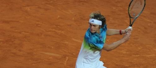 Alexander Zverev preparing to hit a backhand shot. Image Credit: Marianne Bevis, Flickr -- CC BY-ND 2.0
