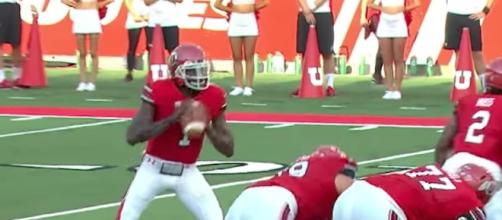 Tyler Huntley will lead the No. 23 Utah Utes into Arizona to play the Wildcats on Friday night. [Image via PAC-12 Network/YouTube]