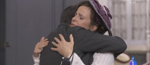 Una Vita, anticipazioni: la partenza di Juliana e Leandro