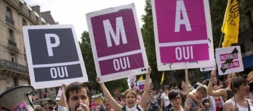 Une majorité de Français favorable à la PMA