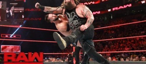 Will Bray Wyatt defeat Finn Balor at Sunday's 'No Mercy 2017' PPV event? [Image via WWE/YouTube]