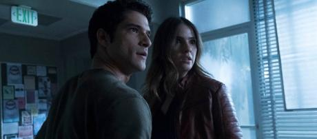 How Will Teen Wolf End? Jeff Davis and Tyler Posey Preview the ... - [Eonline Youtube screen grab]