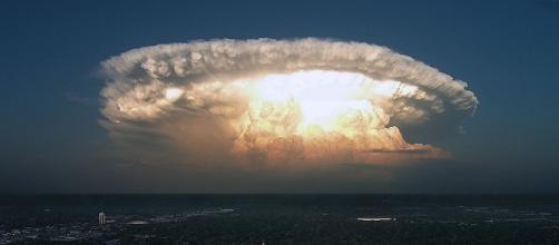 Corea del Nord, l'incubo della nube atomica dopo l'attacco degli ... - liberoquotidiano.it
