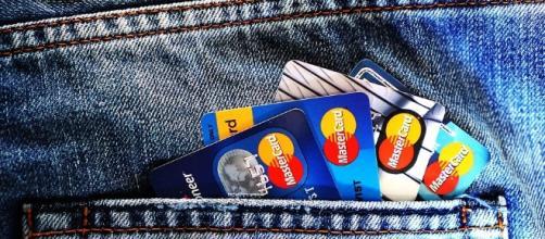 Credit card debt. Image CCO Public Domain | Pixabay