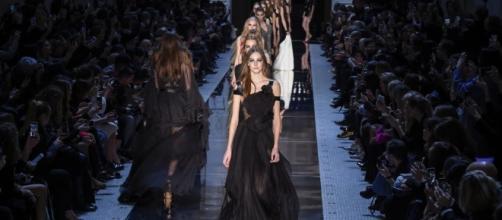 Fashion Week de Paris, Printemps-Été 2017 : les 5 défilés les plus ... - puretrend.com